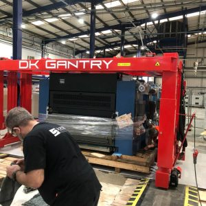 Gantry Lift & Operator